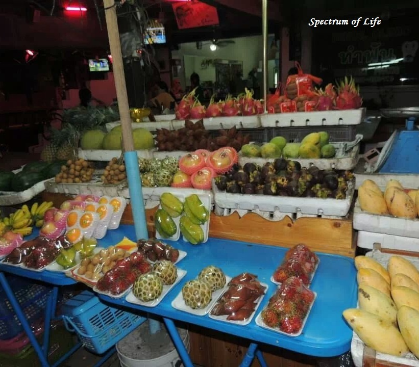 Fruit market in Pattaya